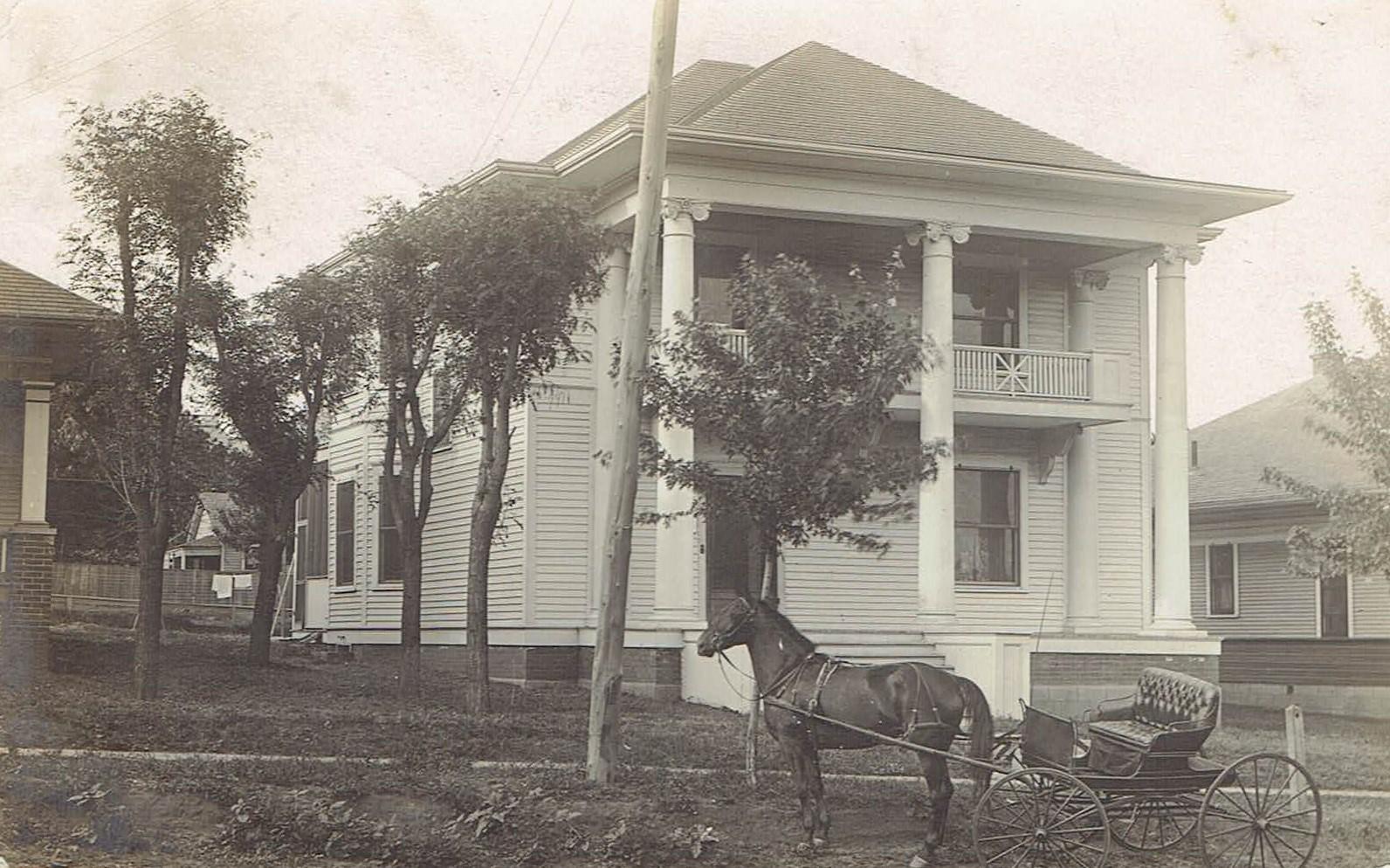 315 E Wade Street Postcard horse buggy front