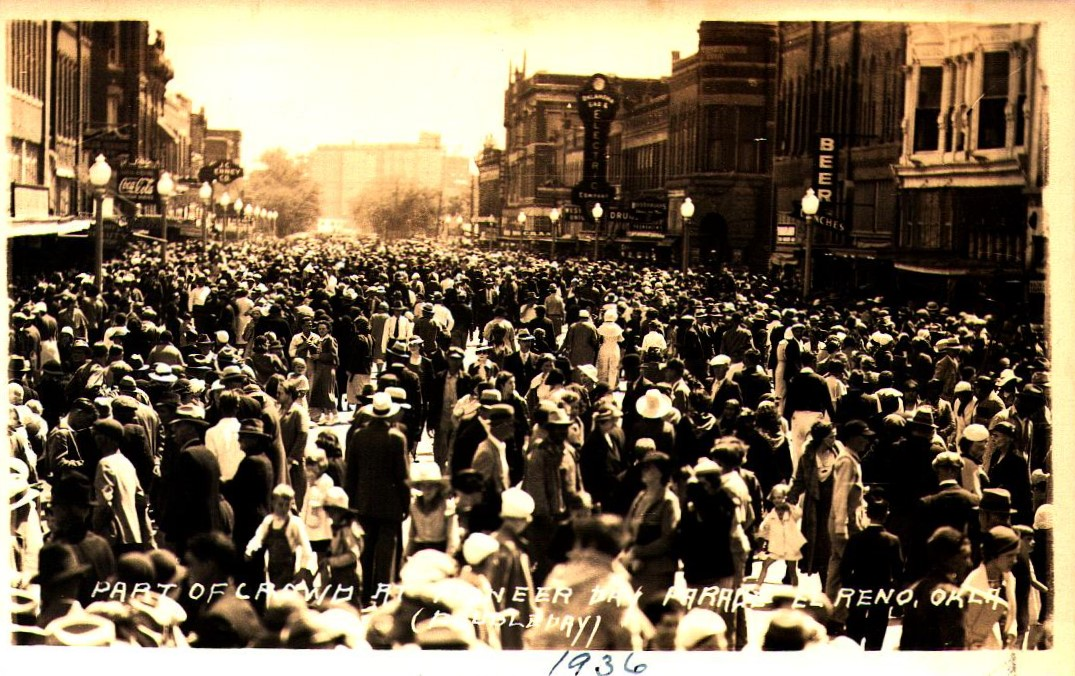 Bickford Looking South Part of Crowd on Pioneer Day Parade El Reno 1936 Tommy Neathery Collection